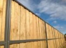 Kwikfynd Lap and Cap Timber Fencing aubigny